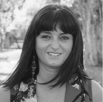 Mónica Araújo